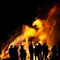 Los famosos también celebraron la noche de San Juan, con hogueras y sin ellas