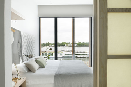 Eric Vokel Amsterdam Suites 4