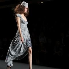 Foto 60 de 126 de la galería alma-aguilar-en-la-cibeles-madrid-fashion-week-otono-invierno-20112012 en Trendencias