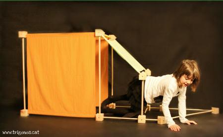 'Trígonos' despierta la curiosidad y la capacidad de concentración de tus hijos. ¡Además es muy divertido!