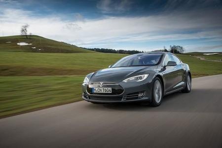 Tesla Model S oficialmente declarado compatible con la red CHAdeMO
