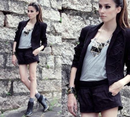 Looks de calle: elige tu blazer favorito. Minifalda