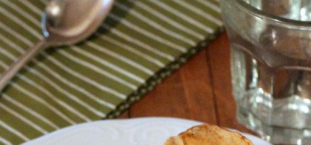 Rosas de manzana asada, el postre en formato individual más delicioso y además sin azúcar