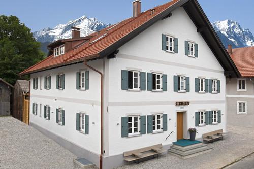 Heimat 1883: cinco apartamentos en Baviera decorados con un estilo nórdico inimaginable desde su fachada