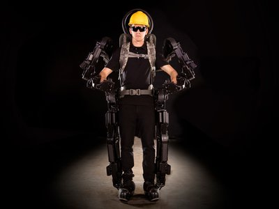Estos tres exoesqueletos te permitirán levantar hasta 450 kg de peso, y estarán a la venta en 2020