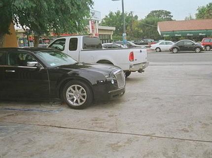 Réplica de un Rolls Royce hecho con un Chrysler 300C