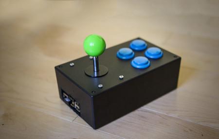 Raspberry pi mete la placa dentro de un mando arcade y for Conectar botones arcade a raspberry pi 3