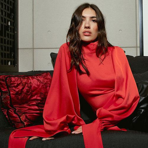 Uterqüe nos hace sentir que vestimos de edición limitada con su colección de fiesta 2019