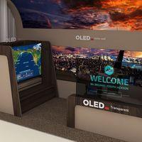 El nuevo panel OLED de LG se desenrolla desde el techo: así es como la compañía ve el futuro del diseño de interiores