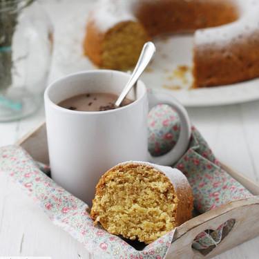 Bizcocho de dónuts, la receta que guardaréis como oro en paño para disfrutar de vuestros desayunos