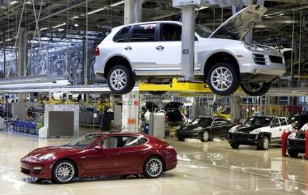 Porsche detiene la producción en Leipzig debido a las inundaciones en Europa