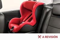 Viajar con niños en el coche: cómo colocar los sistemas de retención infantil