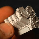 ¡Ya puedes fabricar tu propio motor V8 de papel! Inútil, pero lindo