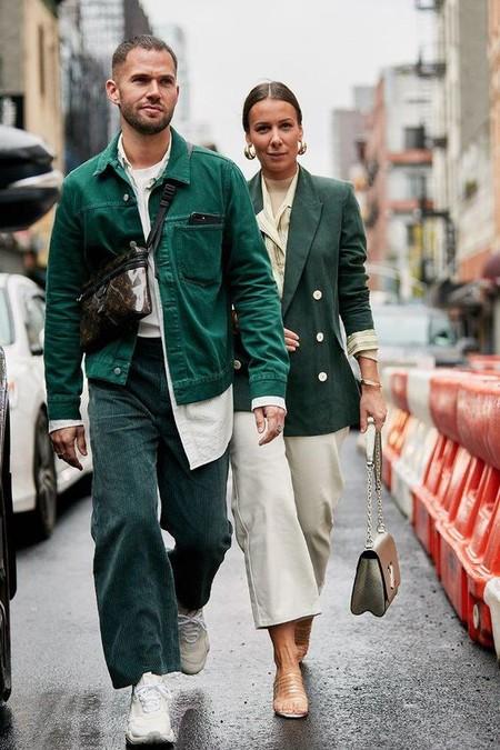 El Mejor Street Style De La Semana Adopta El Color Verde Como El Preferido Para La Transicion 02