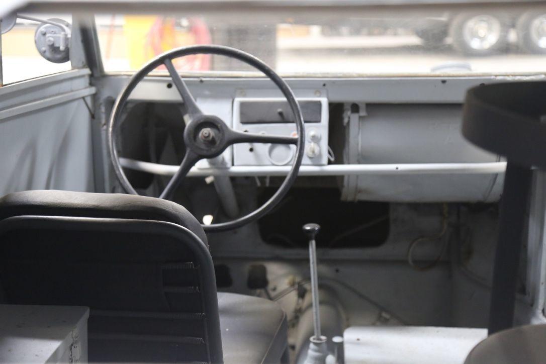 Foto de Kübelwagen Porsche Type 82/3 (7/8)
