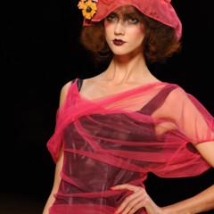Foto 8 de 16 de la galería john-galliano-primavera-verano-2011-en-la-semana-de-la-moda-de-paris en Trendencias
