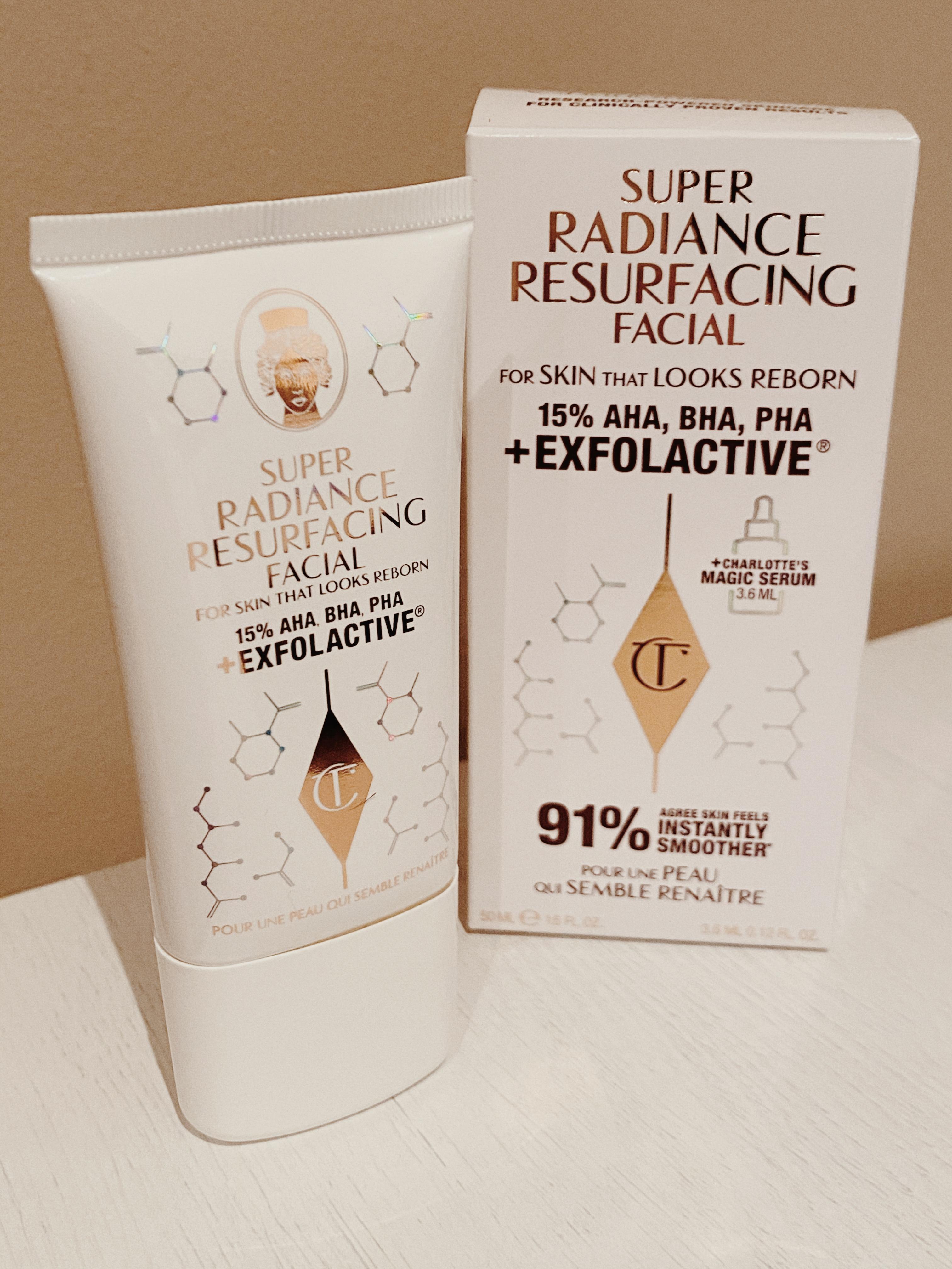 Super Radiance Resurfacing Facial de Charlotte Tilbury