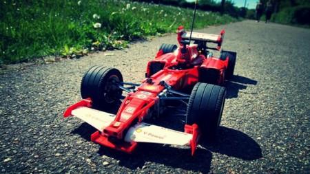 Queridos Reyes Magos, ¿os pillo a tiempo para que me traigáis este Ferrari 248 F1 de LEGO?