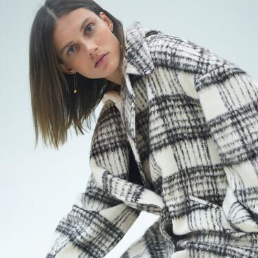 Zara tiene los abrigos más bonitos y calentitos para hacer frente al frío
