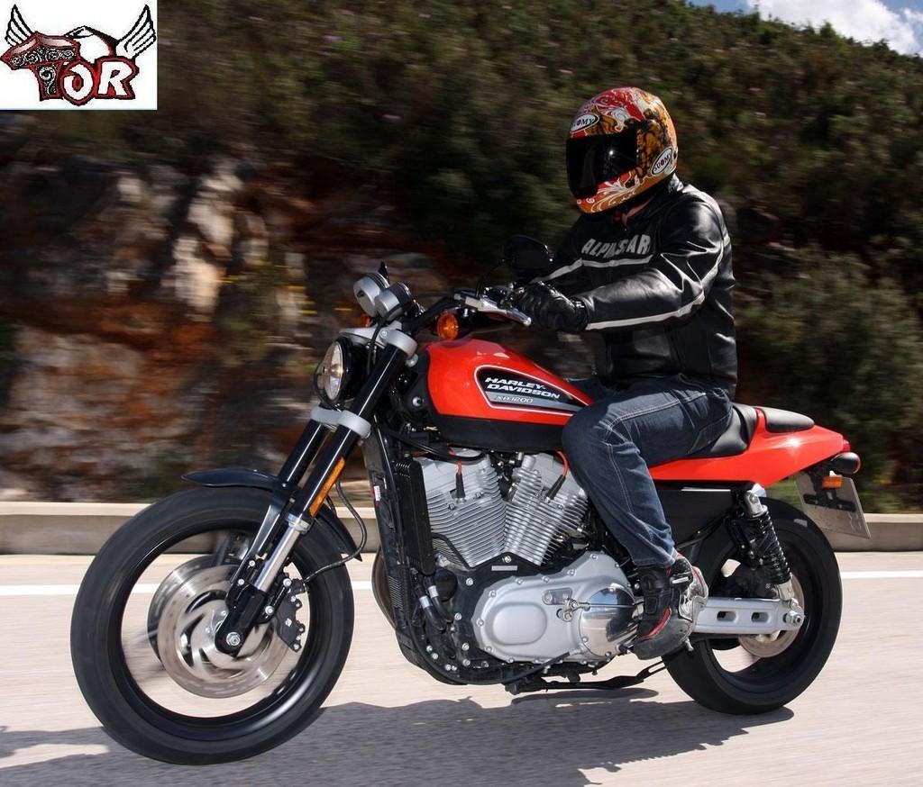Foto de Presentada en Valencia la Harley Davidson XR 1200 (2/4)
