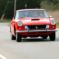 ¿Un Ferrari 250 GTE con motor V8 americano? Pues sí... y en vídeo