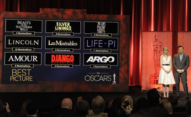 Emma Stone y Seth MacFarlane presentan las nueve películas candidatas al Oscar