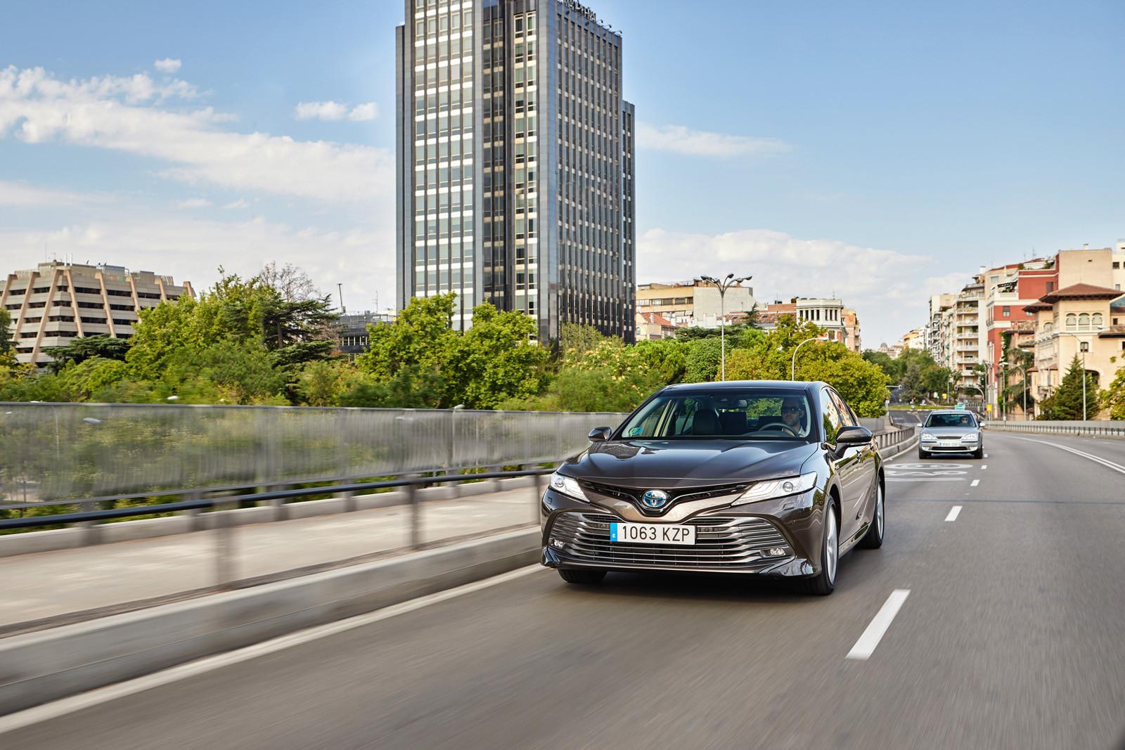 Foto de Toyota Camry 2020 (presentación) (16/75)