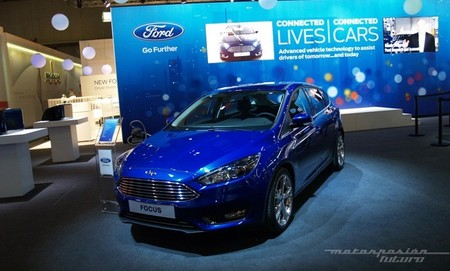 Ford Focus 2014 MWC14 01