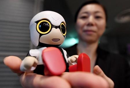 Bebés-robot japoneses cuestionan cómo los padres se relacionan con la inteligencia artificial
