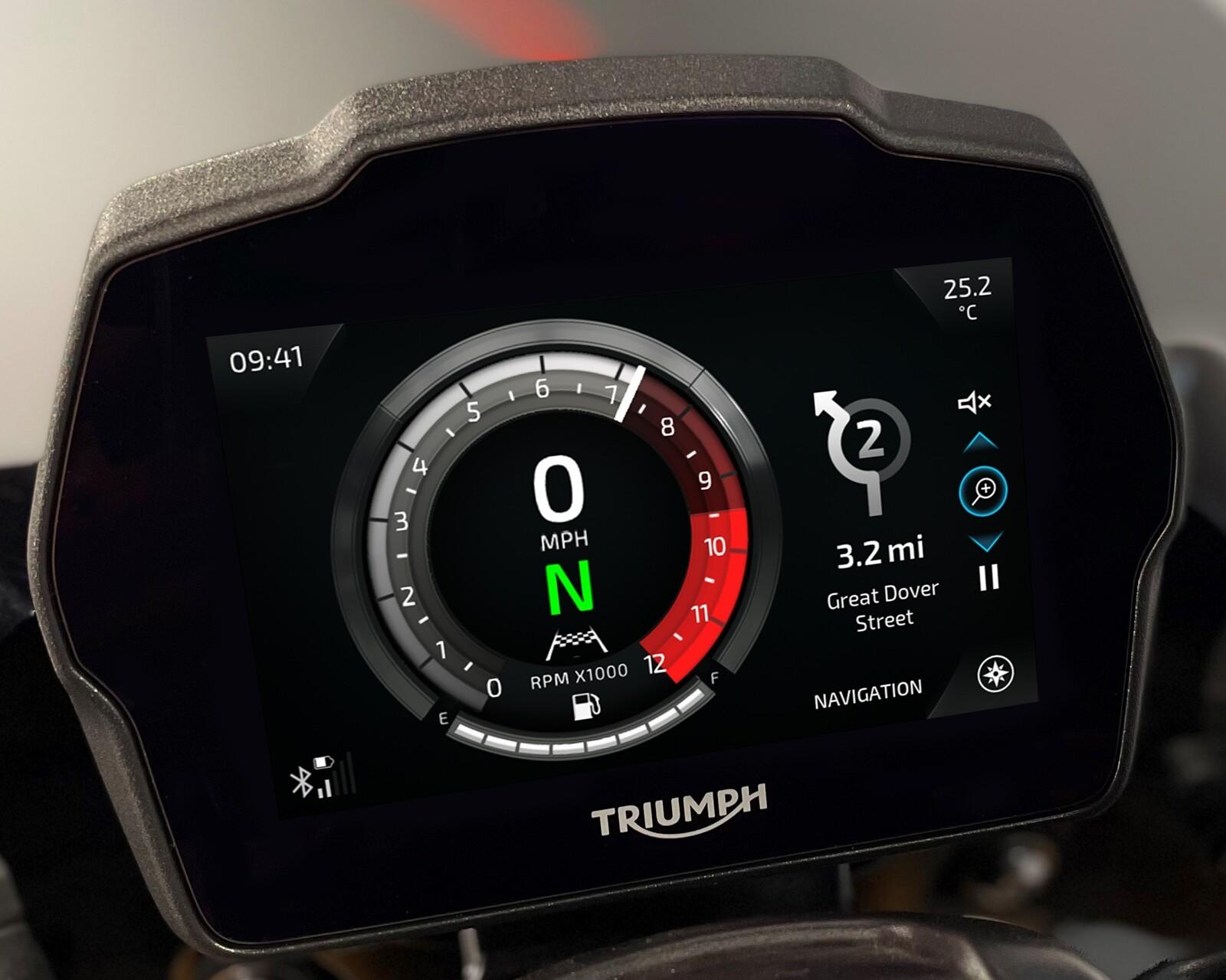 Foto de Triumph Speed Triple 1200 RS 2021 (70/71)