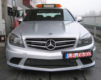 Mercedes-Benz C 63 AMG DTM Pace Car, cazado en el Infierno Verde