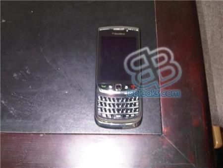 BlackBerry Slider, ahora posible BlackBerry 9900/9930