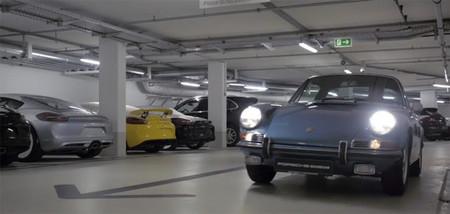 La trasera del Porsche Cayman GT4 es esa del amarillo de la izquierda