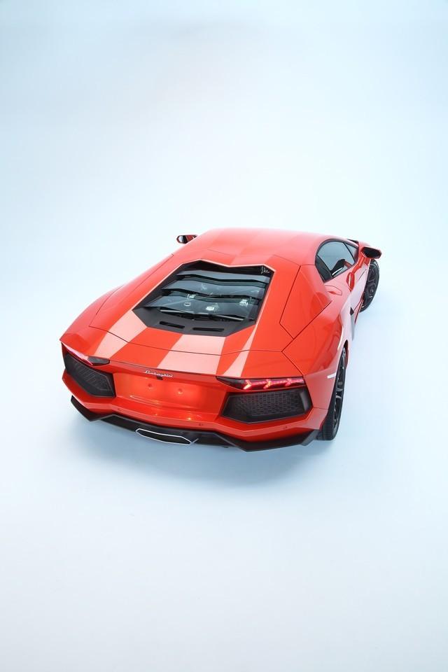 Foto de Lamborghini Aventador LP700-4 (55/62)