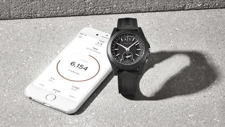 Armani Exchange se suma a los wearables con un reloj inteligente para estar siempre conectado
