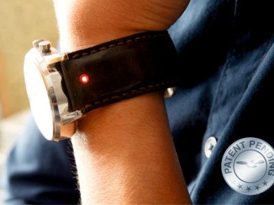 Unique es la correa que transforma tu reloj tradicional en un smartwatch