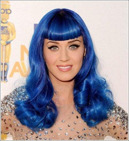 El look impecable, incluso con peluca azul, de Katy Perry