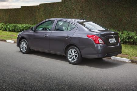 Nissan Novo Versa 1