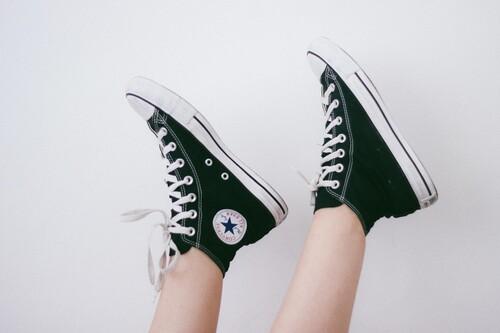 Las mejores ofertas en zapatillas para aprovechar el 50% en Converse: 5 modelos por menos de 60 euros