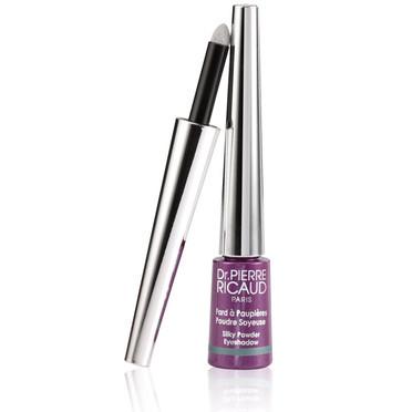 Foto de Maquillaje violeta, elementos imprescindibles (8/20)