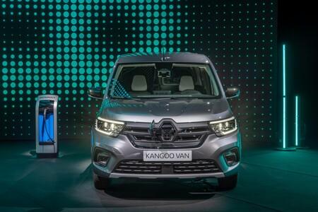 El nuevo Renault Kangoo Furgón estrena versión eléctrica E-Tech con 265 km de autonomía y un lateral que se abre por completo