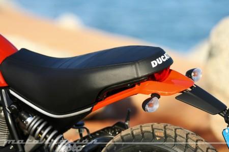 Scrambler Ducati Sixty2 011