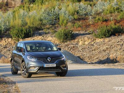 Probamos el Renault Espace TCe, de monovolumen a crossover para disfrutar los 225 CV en familia