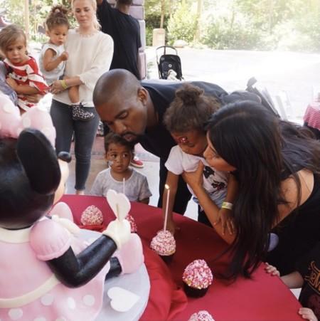 It's a boy! Kim Kardashian y Kanye West le darán un hermanito a North