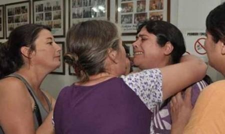 Un ciudadano compra una casa en una subasta para devolvérsela a la familia desahuciada