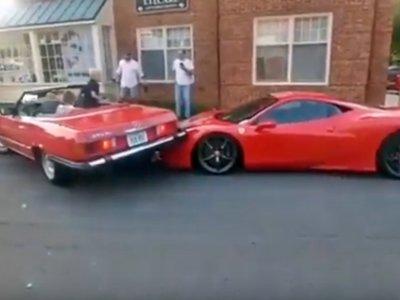 ¿Cómo arruinar una mañana de sábado ideal? Fácil, aparcando sobre un Ferrari 458 Speciale