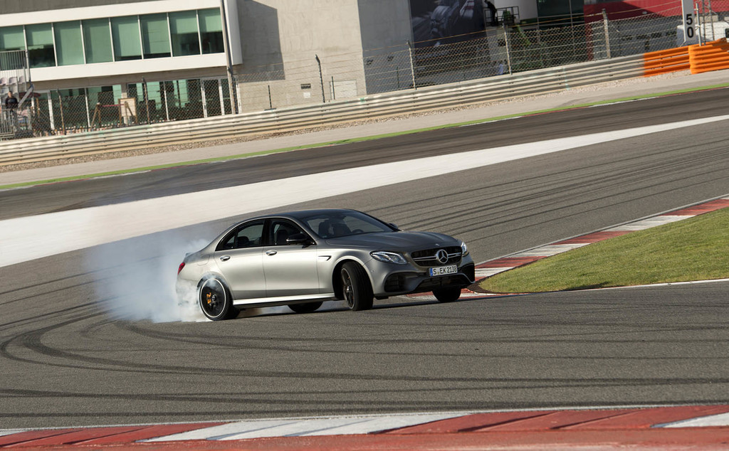 Mercedes-AMG E 63S 4Matic+ drift