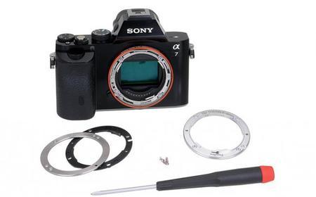 Ya puedes cambiar el anillo de tu cámara de Sony con montura E por uno completamente metálico