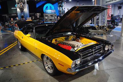 1970 Dodge Challenger con el motor V10 del Dodge Viper