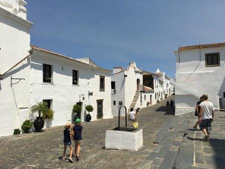 Monsaraz, ciudad medieval en el Alentejo en Portugal